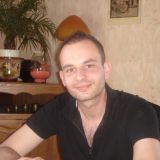 Julien<span class='onlinei'></span>